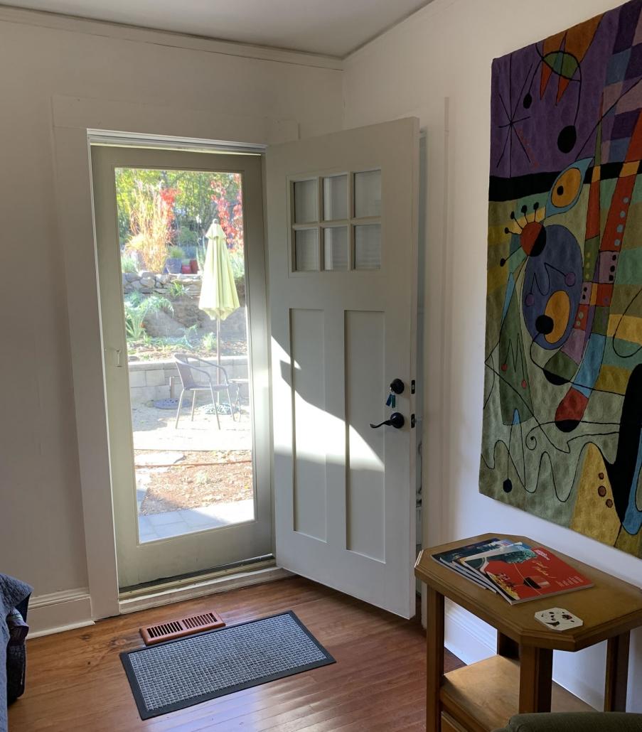 Miro Room Summer Light